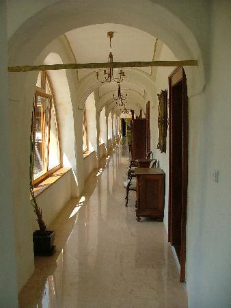 GrandCastle Liptovský Hrádok: Hallway