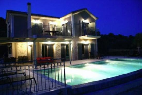 outdoor living in the evening at villa helona