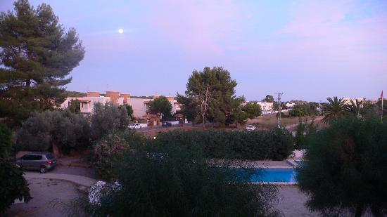 Benet Los Pinares: full moon from our balcony overlooking the pool