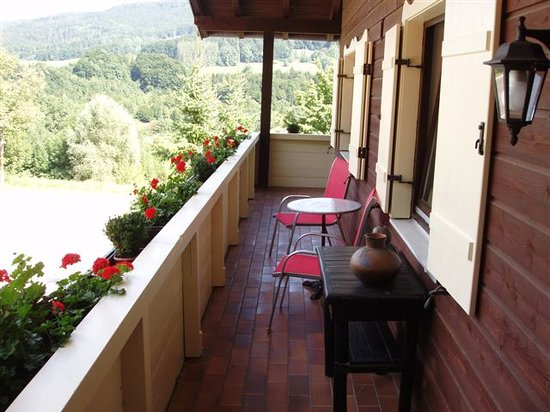 Gastehaus-Pension Zeranka : Balcony