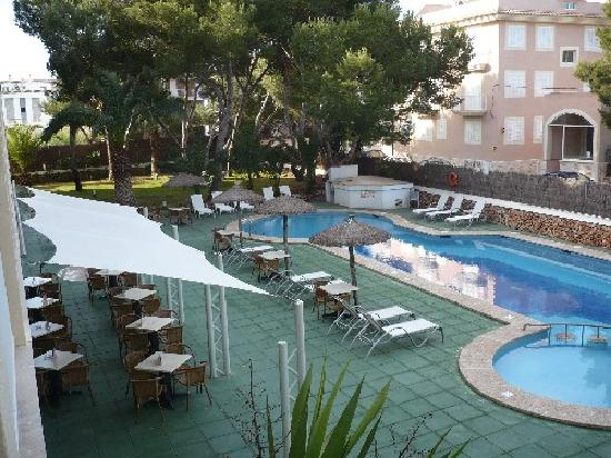 Isla de Cabrera Hotel: Pool