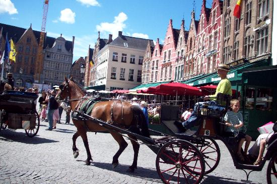 Academie Hotel : Main square.