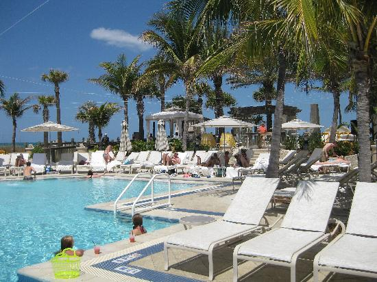 The Ritz Carlton Sarasota Beach Club Pool