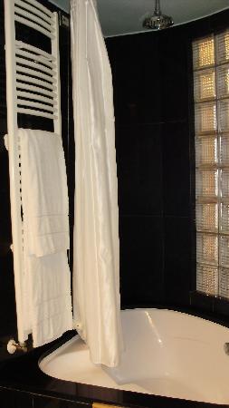 Towers Hotel Stabiae Sorrento Coast : Room 111 bath