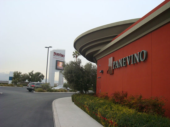 Panevino: Architecture