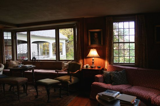 The Inn at Woodchuck Hill Farm: Common Room at Wood Chuck Hill Farm