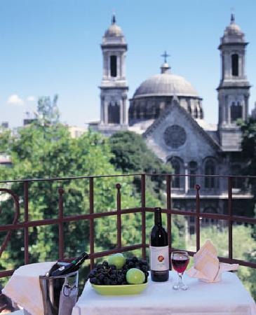 Triada Hotel: View