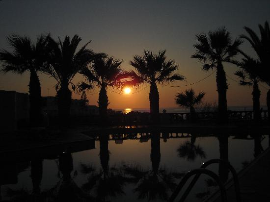 Palm Bay Hotel: Sunset