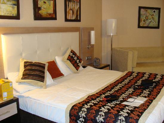 Long Beach Resort Hotel & Spa: bedroom