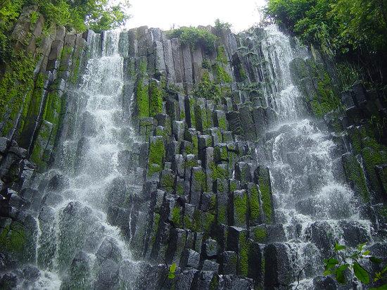 Le Salvador : Cascada los Tercios, Suchitoto