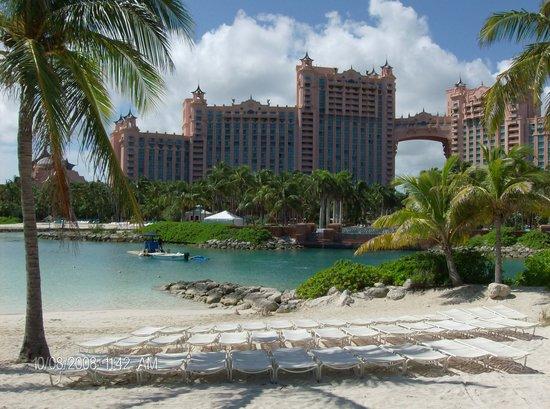 جزيرة باراديس, جزيرة بروفيدانس الجديدة: Atlantis