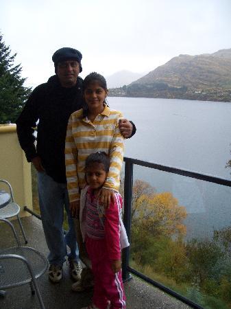 Villa Del Lago: my family at the apartment