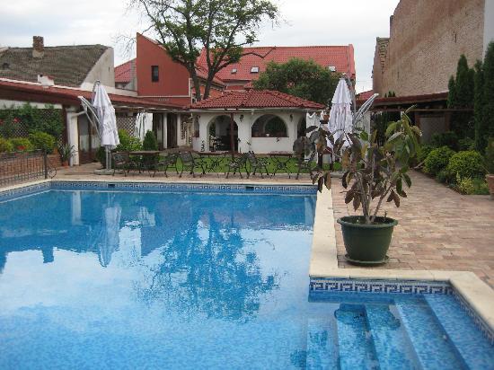 Casa del Sole: Pool area