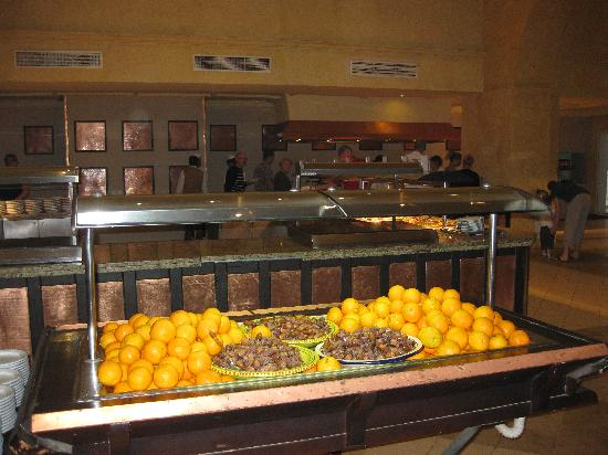 Winzrik Resort & Thalasso Djerba: Awful fresh fruit section