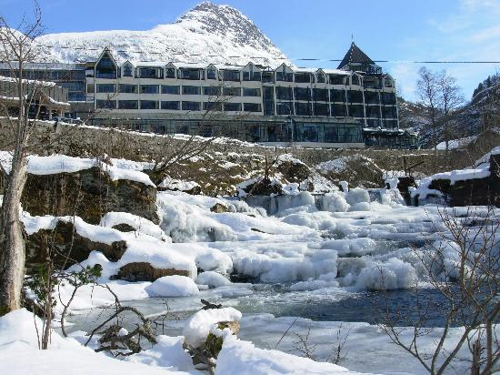 Hotel Union Geiranger: Hotel Union in winter time