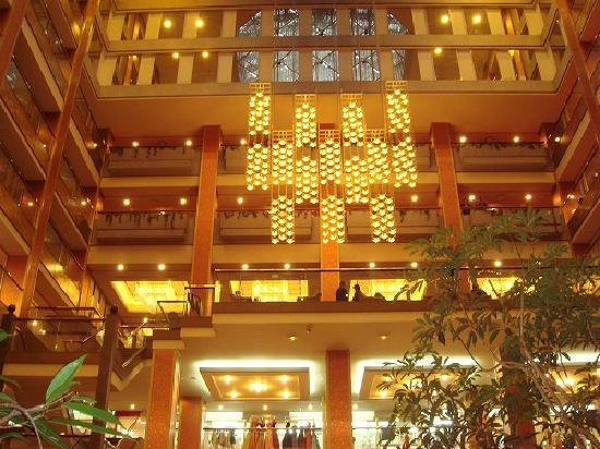 Asaya: hotel lobby