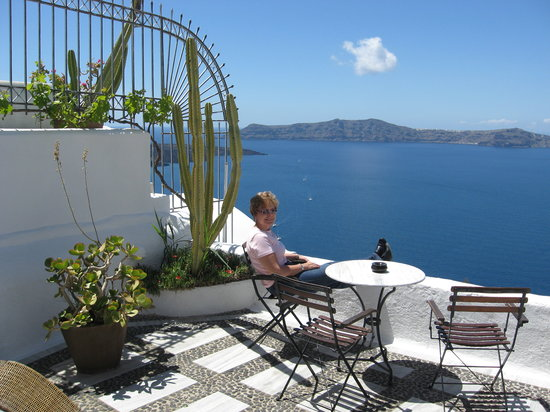 Porto Fira Suites: Balcony of room 18