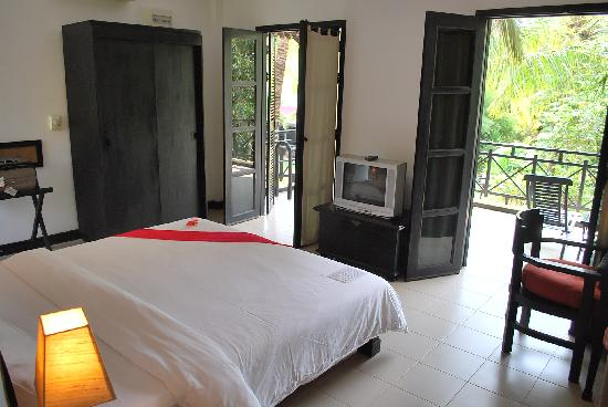 La Maison d'Angkor: Deluxe Room (which was on the second floor)