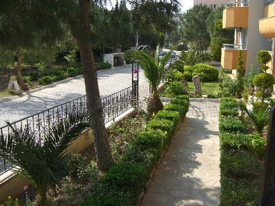 Opus Apart Hotel: OPUS FRONT GARDEN