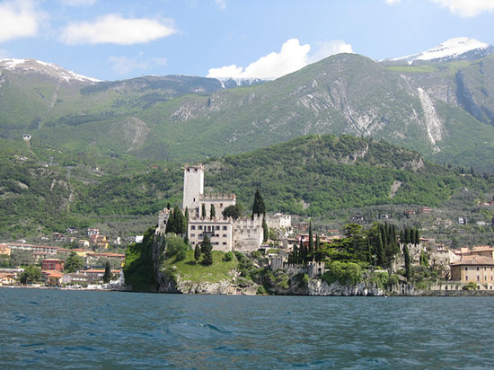 Malcesine, Italië: view from the boat