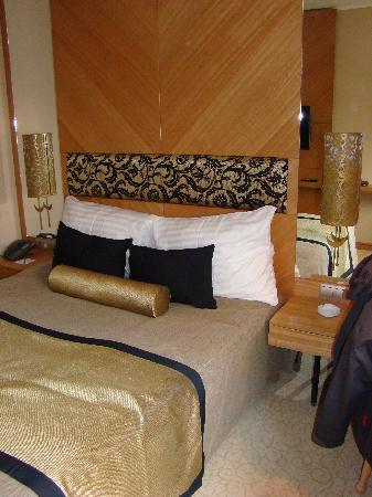 Marmara Hotel Budapest: room