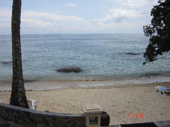 Minang Cove Resort: Resort beach