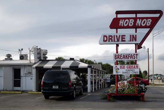 Fish and chips for lunch picture of hob nob drive in for Sarasota fish restaurants