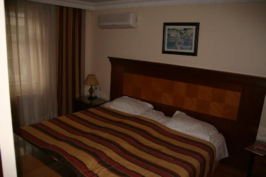 Anatolia Suites: double (two beds pushed together)