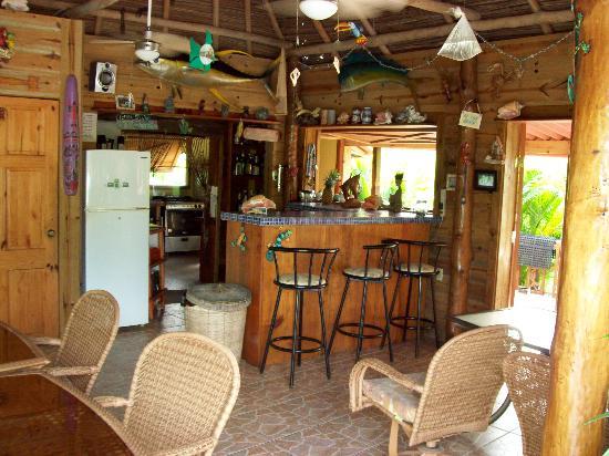 Garden of Eden Inn: Dinning Area