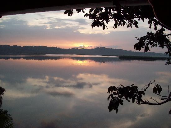 Garden of Eden Inn: View of Sunrise from our porch