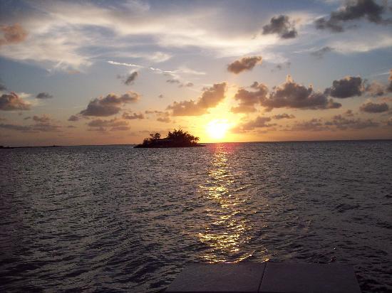 Blackfin Resort and Marina: Sunset from jetty