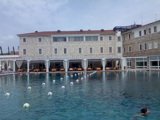 Terme di Saturnia Spa & Golf Resort: La piscina