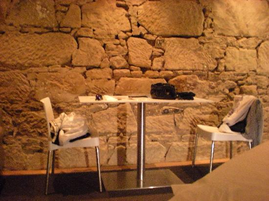 Quarry Salamanca: Dining area for two