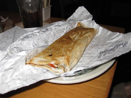 Aladdin's Eatery: pita wrap