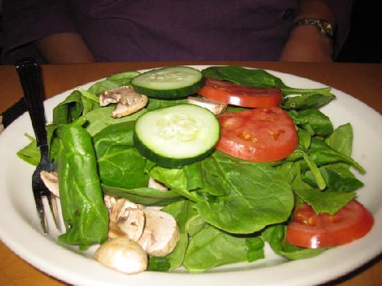 Aladdin's Eatery: veggie salad