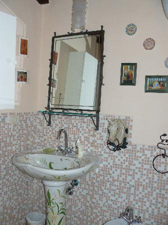 Il Rifugio Del Viandante Bed & Breakfast: Il bagno