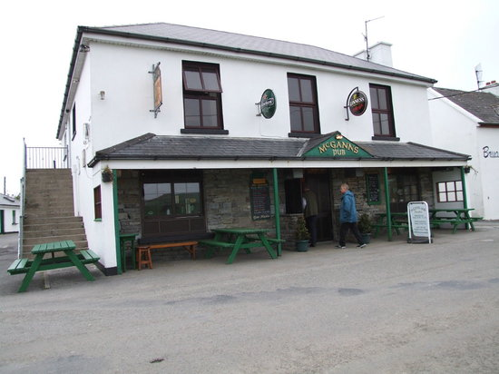 McGann's Pub and B&B: McGanns Pub, Doolin, Co Clare, Ireland