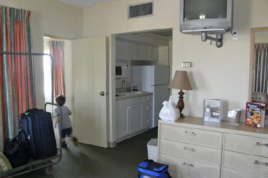 Silver Gull Motel: Room with a kitchenette