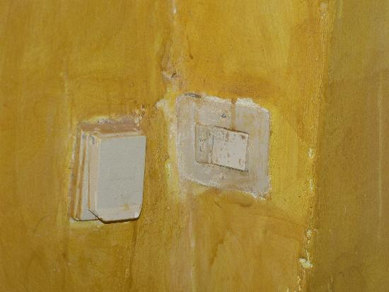 Dar Dhiafa: installation électrique peu fiable