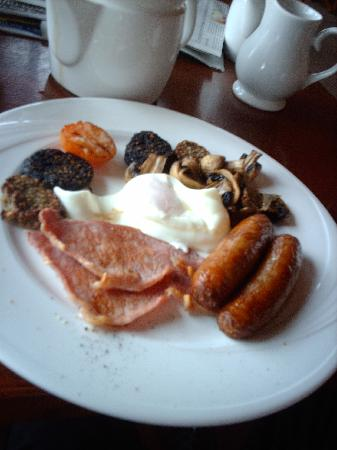 Water's Edge: Full Irish breakfast
