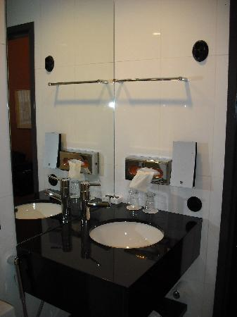 Solo Sokos Hotel Torni: Bathroom
