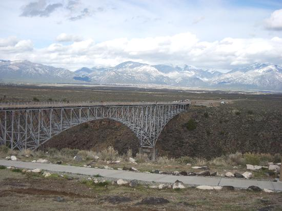 Taos, Νέο Μεξικό: From the West Side - Rio Grande Gorge bridge