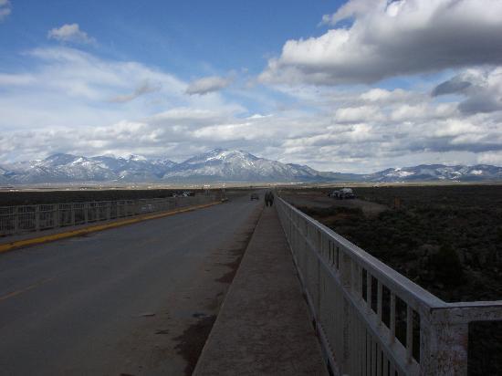 Taos, NM: Driving across