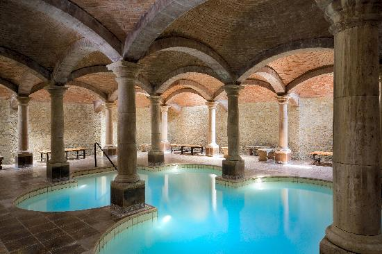 Habitacion De Categirua Gran Turismo Picture Of Termas