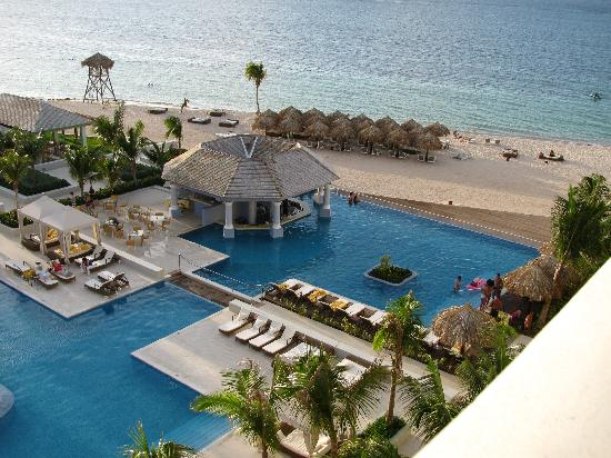 Iberostar Grand Hotel Rose Hall: View From Oceanview