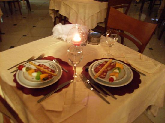 Cena romantica al souvenir picture of hotel souvenir - Decoracion cena romantica ...