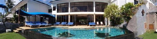 Colonia, Nhà nước Liên bang Micronesia: Manta Ray Bay Hotel