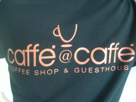 Caffe '@Caffe': pool staff