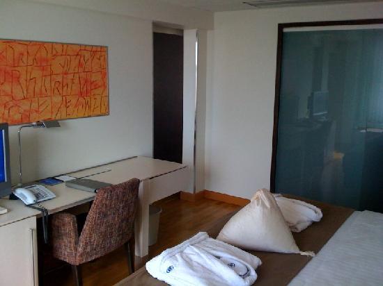 Hilton Helsinki Kalastajatorppa: Bedroom