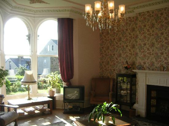Etruria House Hotel: The sunny lounge